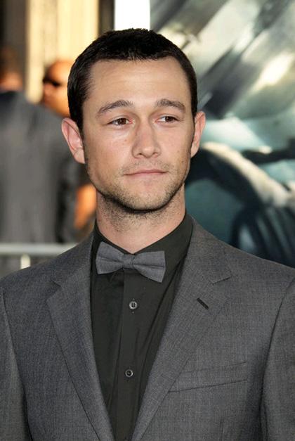 In foto Joseph Gordon-Levitt (39 anni) Dall'articolo: Batman 3: il casting grid conferma la presenza dell'Enigmista nel film.