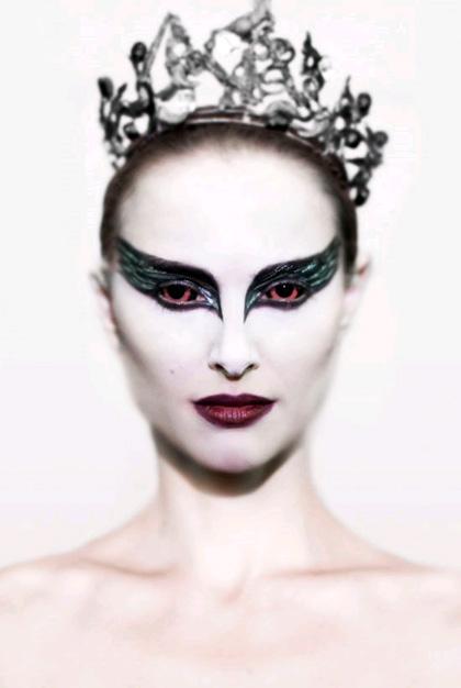In foto Natalie Portman (38 anni) Dall'articolo: Black Swan: il thriller sul balletto di Darren Aronofsky.