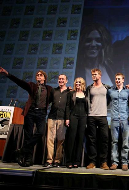 In foto Robert Downey Jr. (56 anni) Dall'articolo: Comic-Con 2010: The Avengers, presentato il cast.