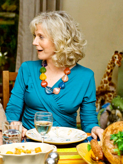 In foto Blythe Danner (77 anni) Dall'articolo: Ti presento i piccoli: Dustin Hoffman in trattative per salvare il film?.