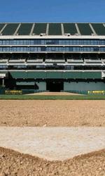 Moneyball: prime foto sul set di Philip Seymour Hoffman - Casa base dell'Oakland Coliseum