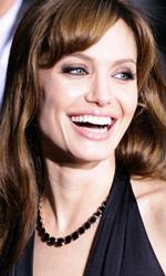 Angelina Jolie debutta come regista e sceneggiatrice - Una storia d'amore durante la guerra in Bosnia