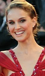 In foto Natalie Portman (37 anni) Dall'articolo: Venezia 2010: il red carpet di Black Swan.