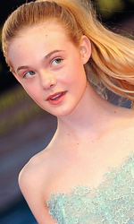 Venezia 2010: Somewhere, il red carpet - Elle Fanning