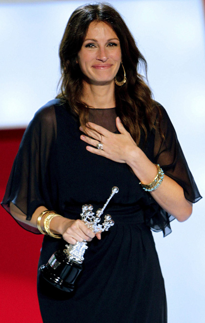In foto Julia Roberts (54 anni) Dall'articolo: Mangia Prega Ama: San Sebastian Film Festival 2010.