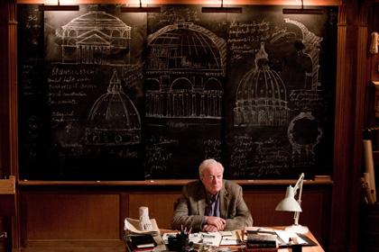 In foto Michael Caine (88 anni) Dall'articolo: Inception: forse so come tornare a casa.