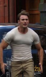 Captain America: The First Avenger, rivelato il sottomarino dell'Hydra - Chris Evans sulla copertina di Entertainment Weekly.