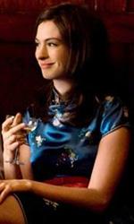 In foto Anne Hathaway (38 anni) Dall'articolo: One Day: prima foto di Anne Hathaway e Jim Sturgess.