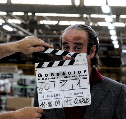 In foto Toni Servillo (62 anni) Dall'articolo: Gorbaciof: la fotogallery.