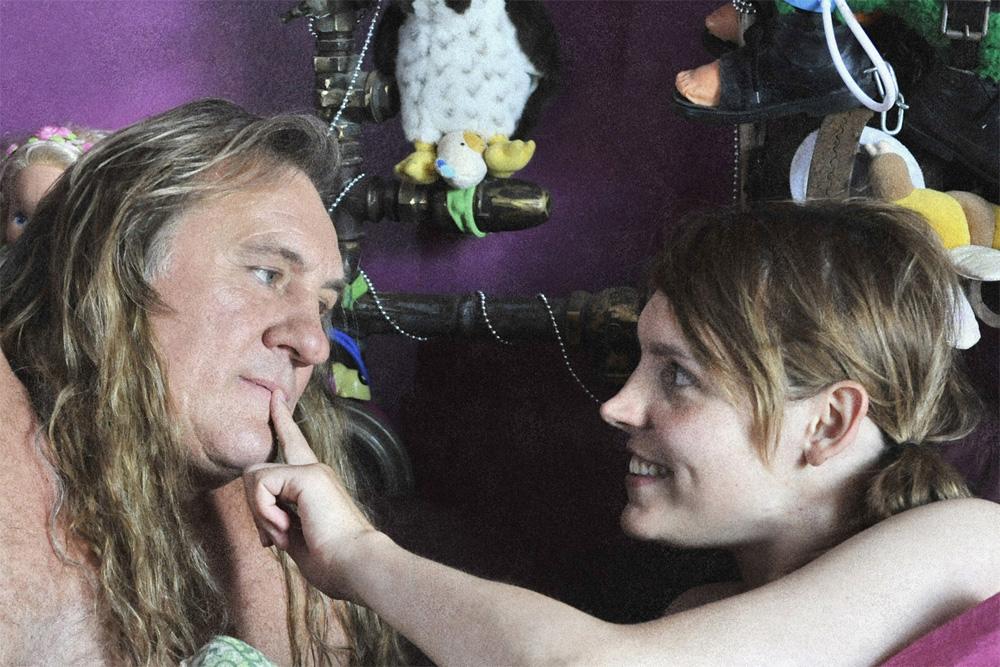 In foto Miss Ming (29 anni) Dall'articolo: Un viaggio in moto con Depardieu.