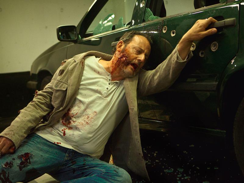 In foto Jean Reno (71 anni) Dall'articolo: Il mondo della mafia marsigliese.
