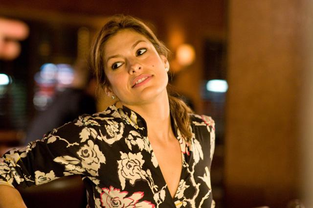 In foto Eva Mendes (46 anni) Dall'articolo: La movimentata notte di Keira e Sam.