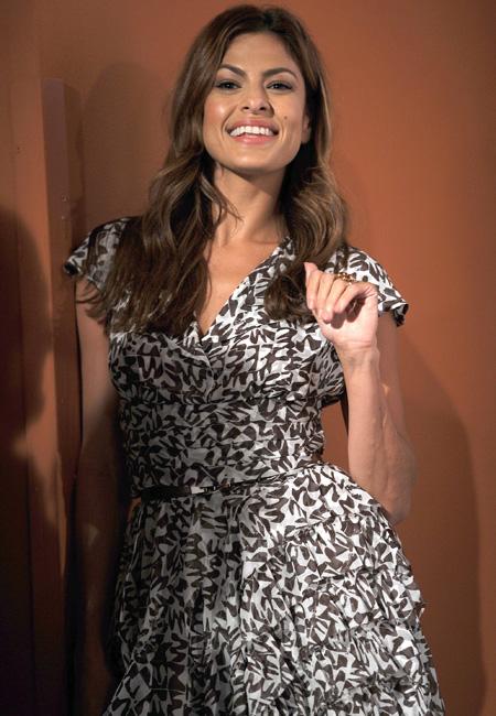 In foto Eva Mendes (46 anni) Dall'articolo: Photocall di Last Night.