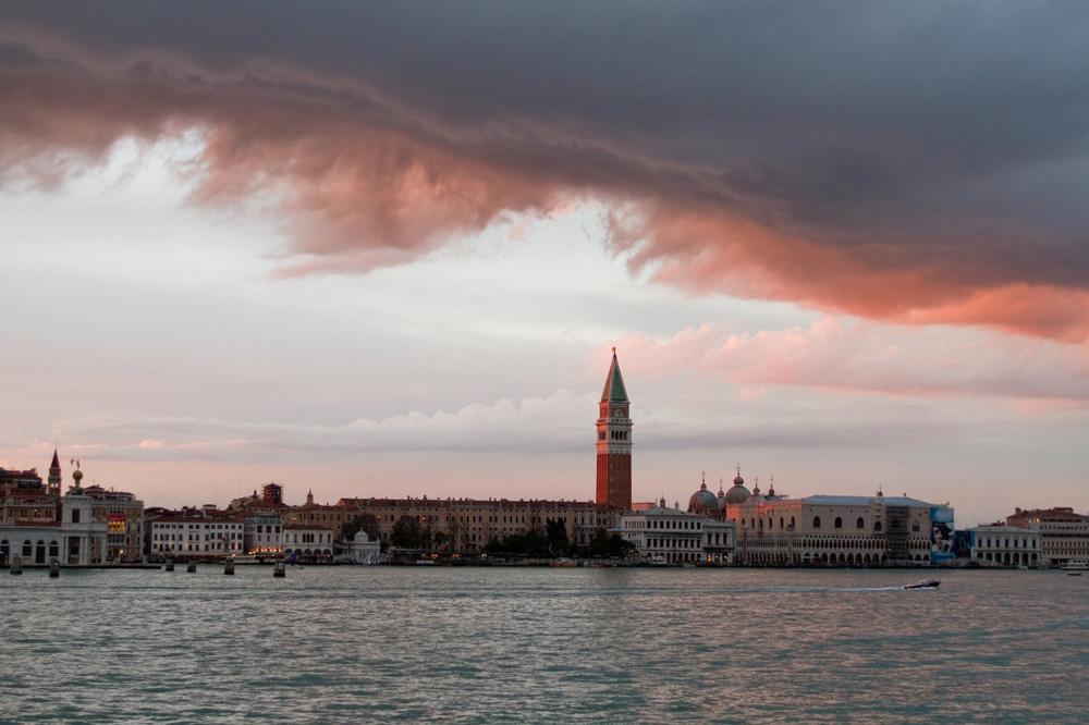 Un'immagine di Venezia. -  Dall'articolo: La fotogallery del film The Tourist.