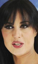 Isabella Adriani -  Dall'articolo: Checco Zalone di madre tarantina ama Farah di madre Bina.