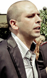 In foto Checco Zalone (43 anni) Dall'articolo: La fotogallery del film Che bella giornata.
