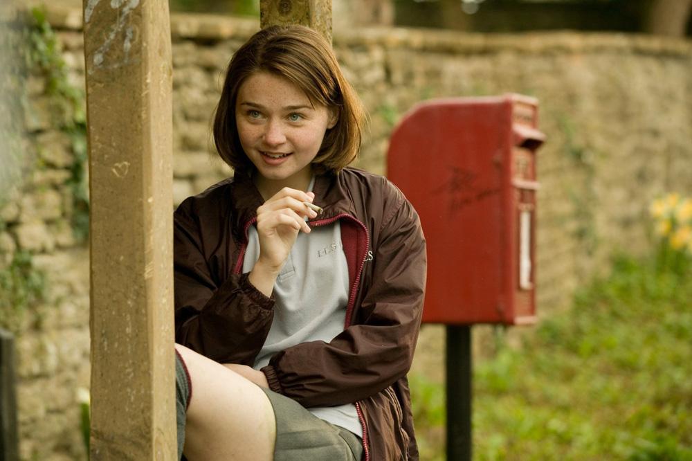 In foto Jessica Barden (27 anni) Dall'articolo: La fotogallery del film Tamara Drewe - Tradimenti all'inglese.