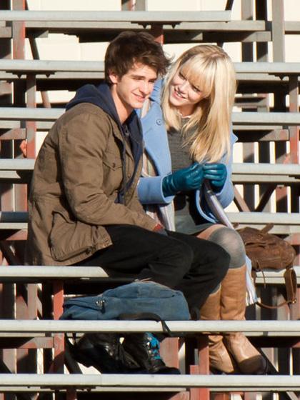 In foto Emma Stone (30 anni) Dall'articolo: Primo sguardo a Andrew Garfield nelle vesti di Peter Parker.