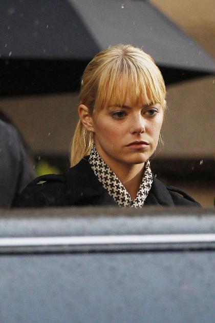 In foto Emma Stone (32 anni) Dall'articolo: Primo sguardo a Andrew Garfield nelle vesti di Peter Parker.