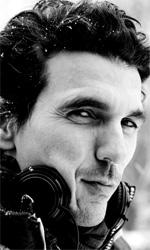 La fotogallery del film Kill Me Please - Il regista del film Olias Barco.
