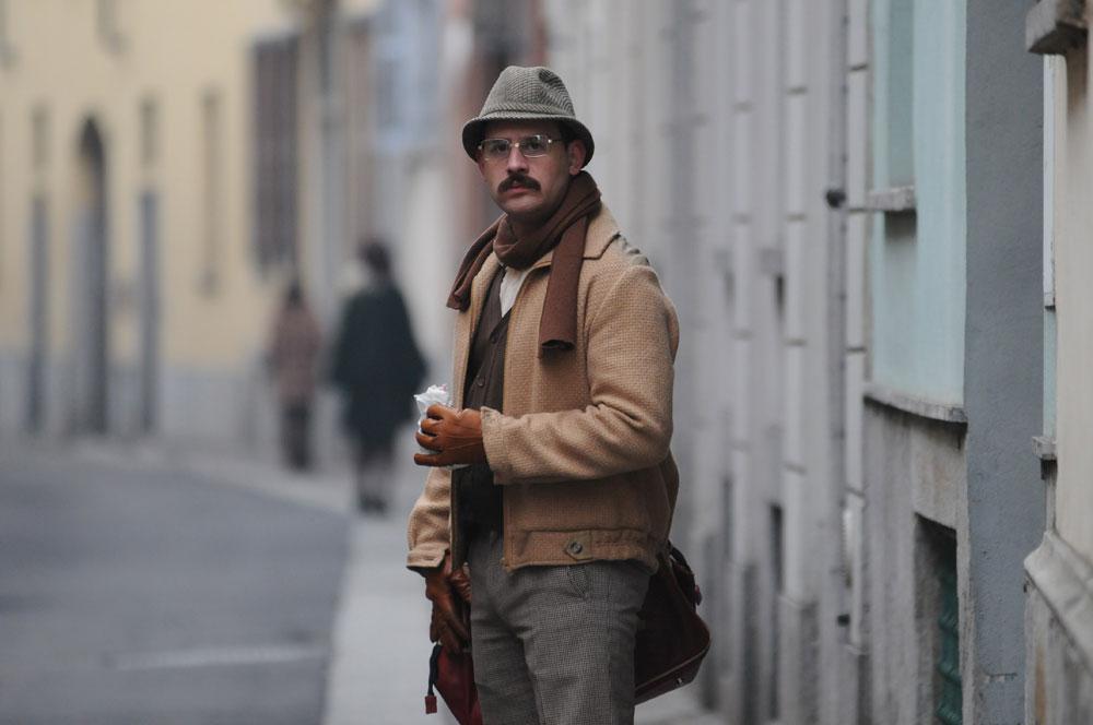 Vestiti vintage uomo anni 70 – Modelli alla moda di abiti 2018 df4b5190590