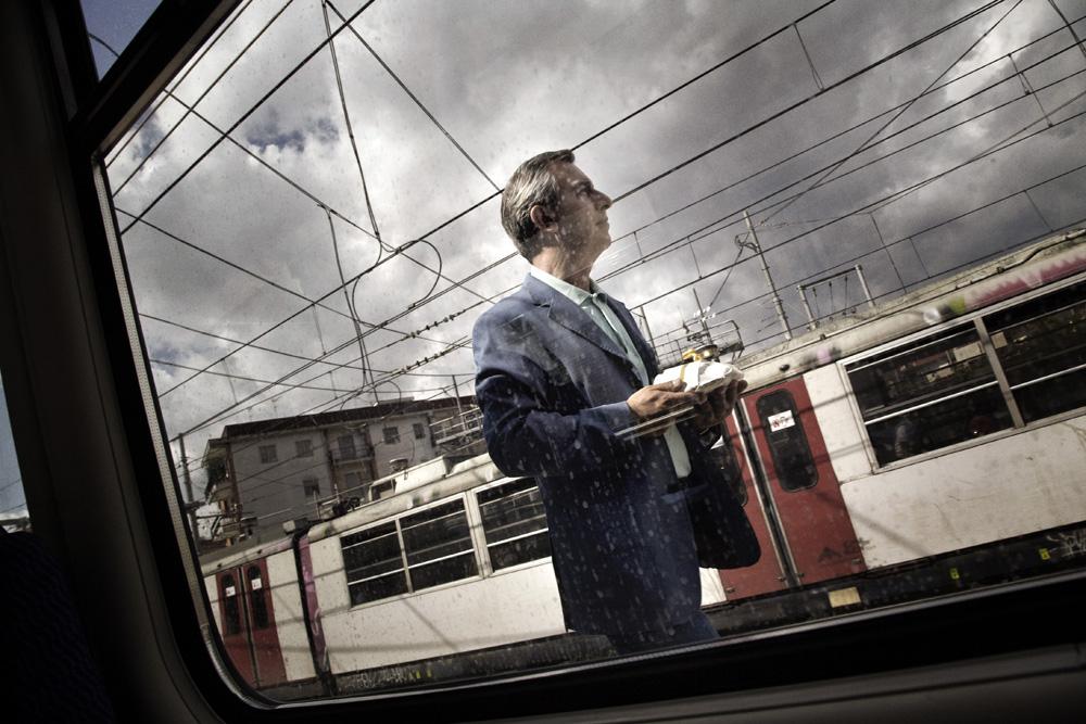In foto Gianfelice Imparato (62 anni) Dall'articolo: La fotogallery del film Into Paradiso.