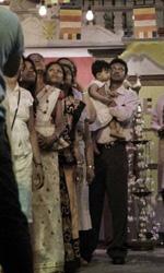 La fotogallery del film Into Paradiso - In quartiere, per la comunità dello Sri Lanka è festa!