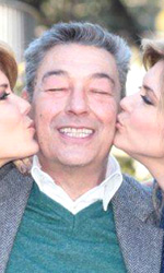Una vita tra le gonne - Gianni Di Gregorio in piacevole compagnia delle gemelle Laura e Silvia Squizzato.