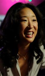 In foto Sandra Oh (50 anni) Dall'articolo: Da dove si ricomincia a vivere?.