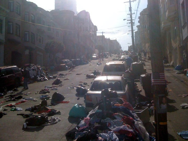 Una foto dal set di Contagion a San Francisco. -  Dall'articolo: Una pandemia alimentata da Twitter e dall'H1V1.