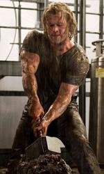 L'attesa è finita! - L'attore australiano Chris Hemsworth interpreta Thor nell'omonimo film di Kenneth Branagh.