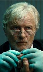 Quarant'anni di esorcismi cinematografici - Rutger Hauer (Istvan Kovak) in una scena del film Il rito.