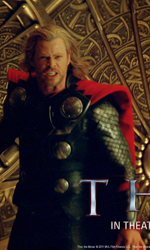 Un arrogante guerriero in punizione sulla Terra - Un wallpaper di Thor.