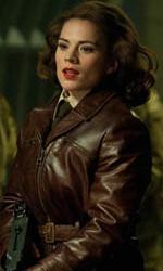 Teschio Rosso fa la sua comparsa con l'uniforme dell'Hydra - Hayley Atwell in una scena di Captain America: The First Avenger.