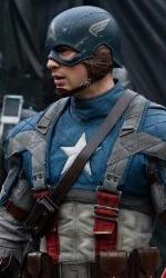 Teschio Rosso fa la sua comparsa con l'uniforme dell'Hydra - Captain America contro gli agenti dell'HYDRA.
