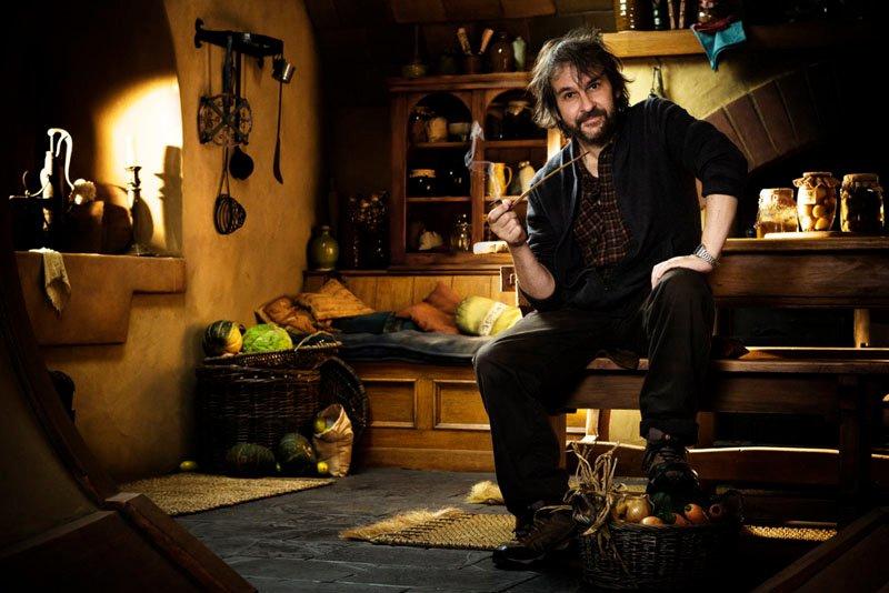 In foto Peter Jackson (59 anni) Dall'articolo: Le foto di Peter Jackson a Bag End.