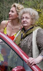 Michelle Bonev: 'Il mio film è la mia difesa' - Jana e la madre Maria in una scena del film Goodbye mama.