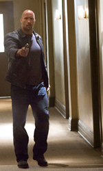 The Rock cerca vendetta - Confronto tra Killer e Driver in una scena del film Faster.