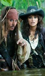 Film nelle sale: da Cannes all'Italia - In foto Johnny Depp e Penelope Cruz, i protagonisti di Pirati dei Caraibi - Oltre i confini del mare di Rob Marshall.