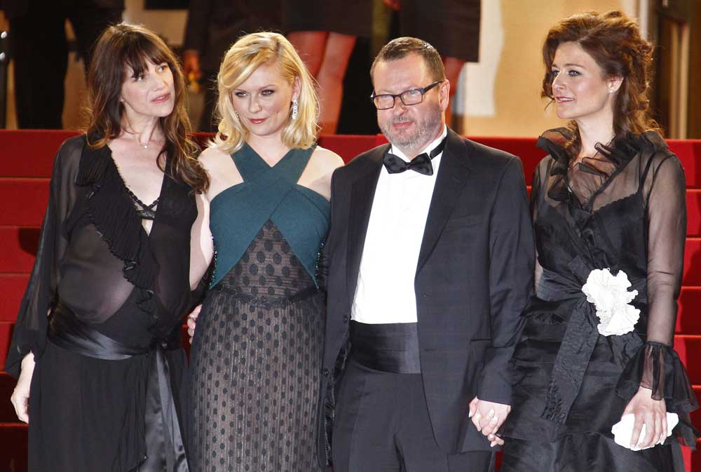 Il red carpet del film Melancholia. -  Dall'articolo: Melancholia, è Von Trier Show.