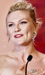 Sorrentino e Moretti, non era questo il posto - Kirsten Dunst, premiata come migliore attrice per Melancholia di Lars Von Trier.