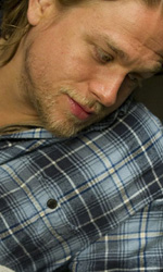In foto Charlie Hunnam (39 anni) Dall'articolo: Punto d'impatto, un thriller per raccontare l'ateismo.
