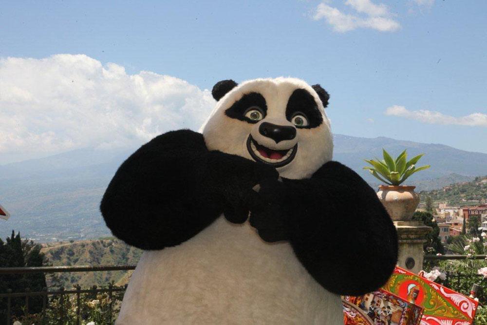 Il panda Po al photocall di Kung Fu Panda 2 a Taormina. -  Dall'articolo: Jack Black, cuore di panda.