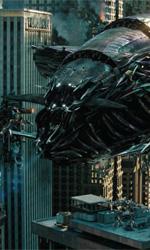 Transformers 3 sbanca in Italia - In foto una scena del film Transformers 3 di Michael Bay.