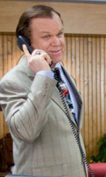 Una scena del film Cedar Rapids. -  Dall'articolo: John C. Reilly, grande attore o comprimario di lusso?.