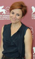 In foto Michela Cescon (47 anni) Dall'articolo: Quando la notte, arriva il film che spacca il Lido.