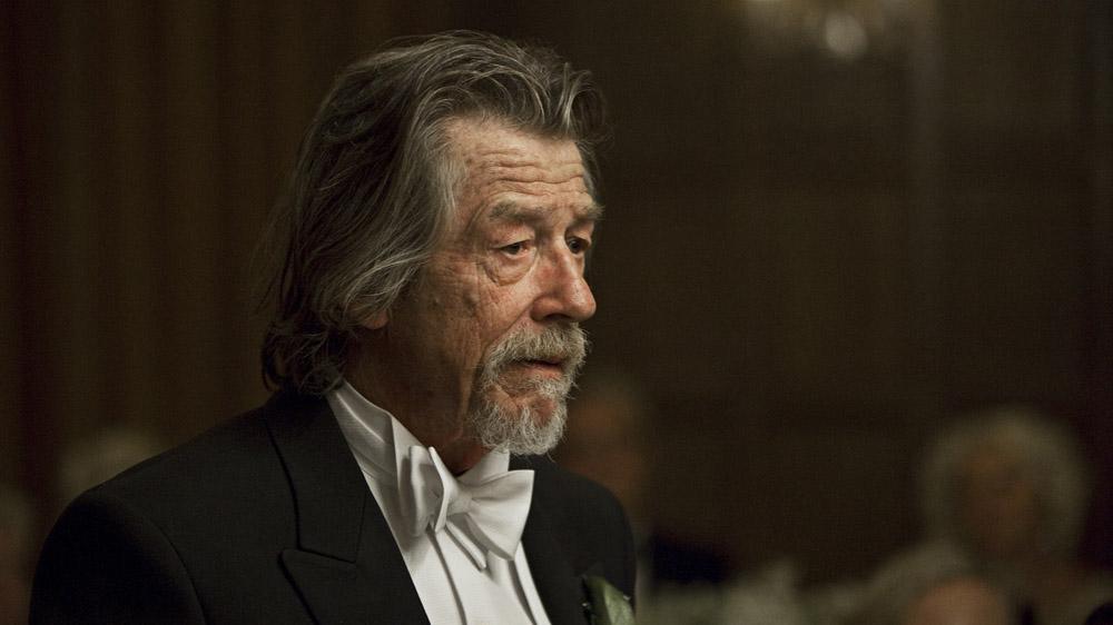 In foto John Hurt Dall'articolo: Melancholia, quanto romanticismo nella fine del mondo!.