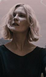 Melancholia, quanto romanticismo nella fine del mondo! - In foto una scena del film Melancholia di Lars Von Trier.