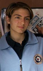 Addio a Damiano Russo, il Carletto di Tutto l'amore che c'è - In foto un giovane Damiano Russo con Vittoria Puccini al photocall di Tutto l'amore che c'è.