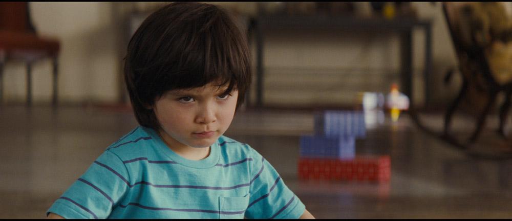 In foto una scena del film ...E ora parliamo di Kevin. -  Dall'articolo: ...E ora parliamo di Kevin, hai veramente amato tuo figlio?.